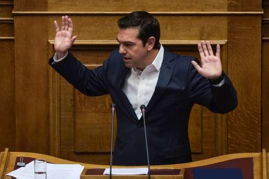 Le premier ministre grec, Alexis Tsipras, le 18 mai, lors du débat parlementaire sur de nouvelles mesures d'austérité.