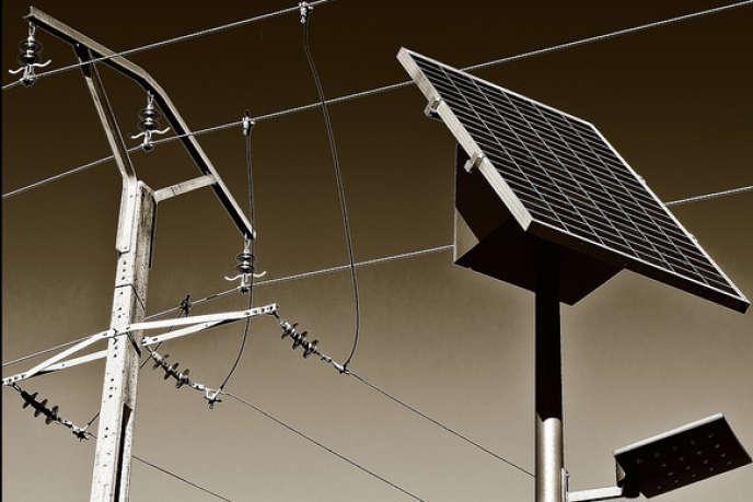 «Les énergies renouvelables, éoliennes et solaires, souffrent d'une forte variabilité et nécessitent la mise en œuvre d'énergies alternatives pour compenser la chute de production résultant de l'absence de vent ou de soleil».