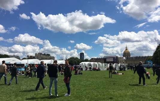 L'ePrix de Paris et ses spectateurs ont occupé l'esplanade des Invalides samedi 20 mai à Paris.