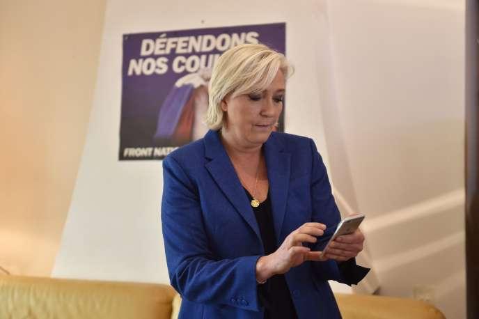 Marine Le Pen à Hénin-Beaumont (Pas-de-Calais) le 18 mai.