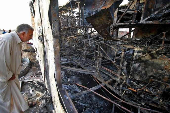 Un attentat à la voiture piégée a fait 11 morts en périphérie de la ville de Bassora, en Irak, le 20 mai.