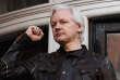 Julian Assange lors de sa déclaration publique depuis le balcon de l'ambassade d'Equateur à lOndres le 19 mai.