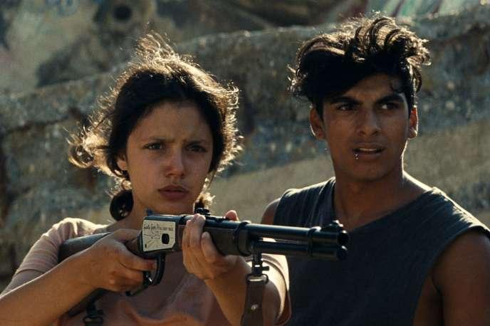 Noée Abita et Juan Cano dans le film françaisde Léa Mysius,« Ava».