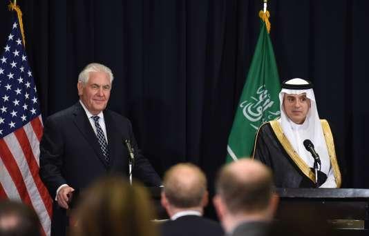Le secrétaire d'Etat américain Rex Tillerson et le ministre des affaires étrangères saoudien Adel al-Jubeir à Riyad, le 20 mai.