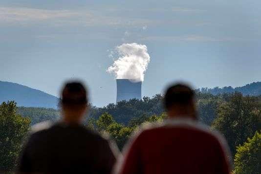 La Suisse compte cinq réacteurs nucléaires produisant environ un tiers de l'électricité du pays. FABRICE COFFRINI / AFP