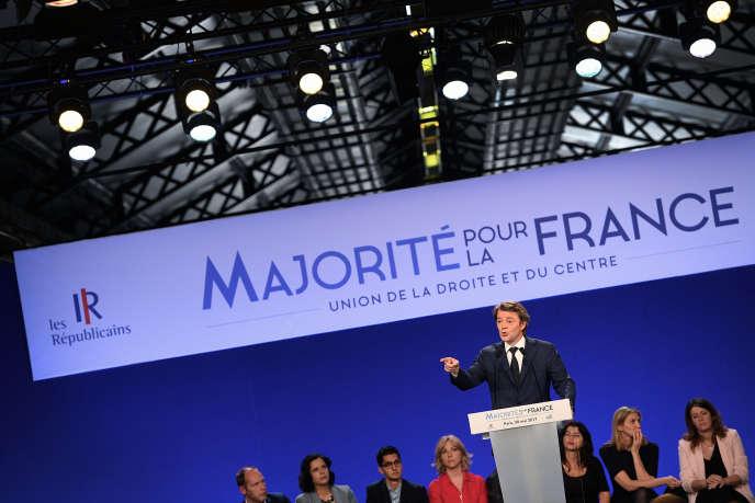 François Baroin lors d'une réunion publique de soutien aux candidats LR aux législatives, au Parc Floral le 20 mai.