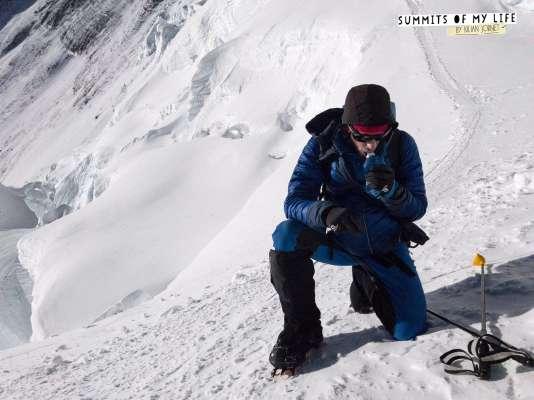 Kilian Jornet a bouclé son ascension de l'Everest, lundi 22 mai, en vingt-six heures.
