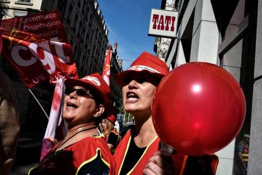 Des employés de Tati lors d'une manifestation à Lyon, le 22mai 2017.