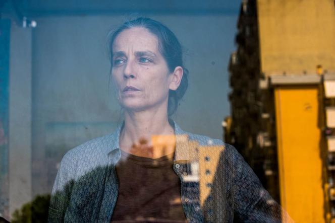 Raffaella Giordano dans le film italien deLeonardo Di Costanzo,«L'Intrusa».