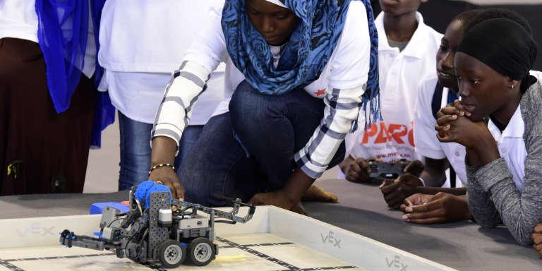 Lors de la Panafrican Robotics Competition, au stade Marius-Ndiaye, à Dakar, le 20mai 2017.