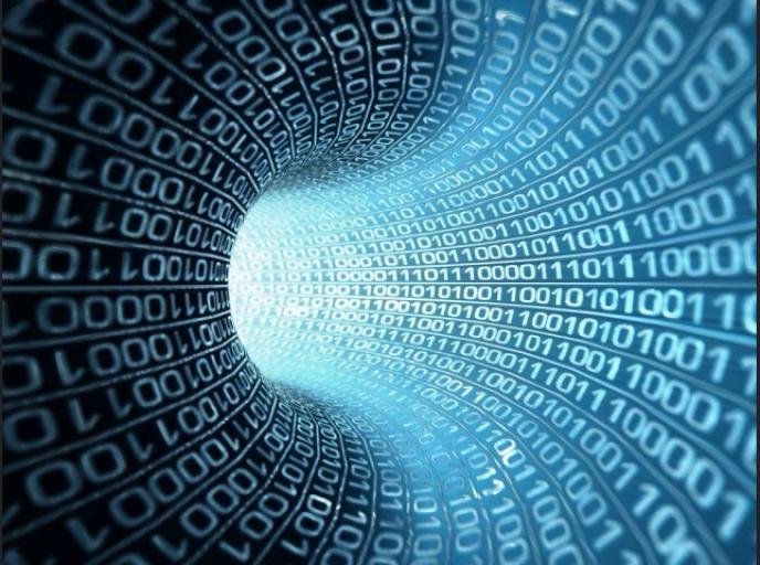 «La gestion optimale des données est devenue un horizon commun à de très nombreuses entreprises. Elles restent leur propriété et ne sont pas rendues publiques, quand bien même elles concernent d'autres parties (sauf de très hypothétiques droits de rectification)».