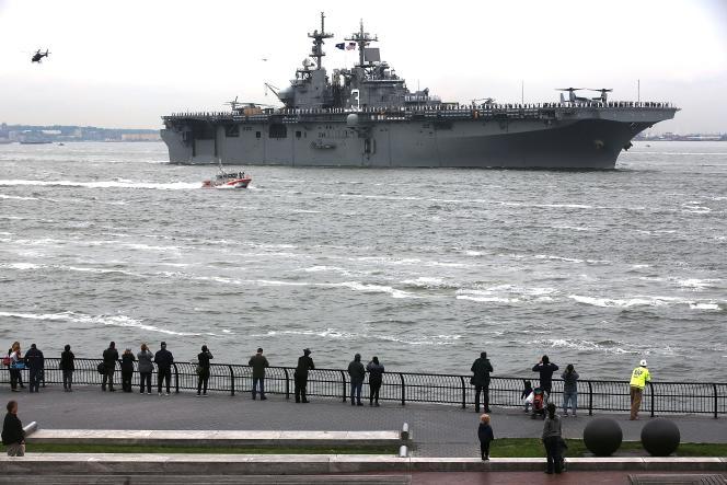 Un navire de la marine américaine, le 24 mai au large de New York.
