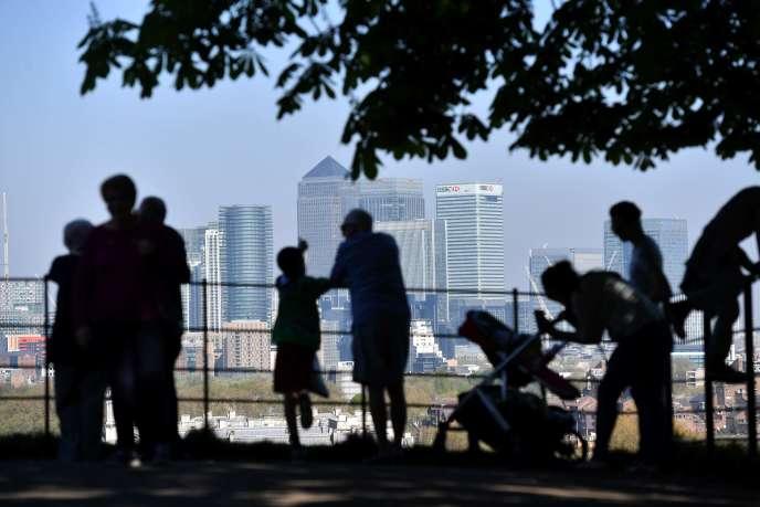 «Les derniers chiffres du moteur de recherche d'emploi mondial Indeed indiquent que depuis janvier 2017, le nombre d'Européens cherchant en ligne un travail au Royaume-Uni a chuté de 18 %» (Photo: Canary Wharf, le quartier financier de Londres, en avril).