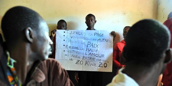 Rencontre entre chrétiens et musulmans, à Bangassou, en octobre 2013. Dans la nuit du 12 au 13mai 2017, la ville a été attaquée par des miliciens.