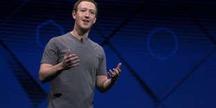 Mark Zuckerberg et son éternel tee-shirt gris à SanJosé, Californie, le18avril.