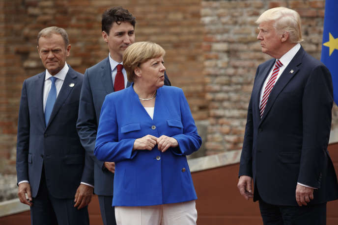 La chancelière allemande Angela Merkel et le président américain Donald Trump lors du sommet du G7 àTaormine en Sicile le 26 mai.