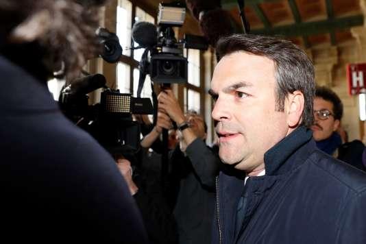Thomas Thévenoud arrive au Palais de justice de Paris, le 19 avril.