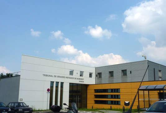 L'annexe du tribunal de grande instance de Bobigny, près de l'aéroport de Roissy-Charles-de-Gaulle, le 28août 2013.
