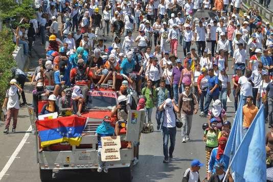 La manifestation à Caracas a rassemblé des milliers de personnes.