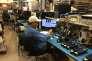 Test d'écran dans le nouveau Customer Experience Center du groupe Thales, à Irvine, en Californie, le 23 mai.