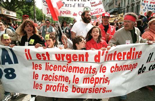 Manifestation de comités de chômeurs à Marseille, le 1er mai 1998.