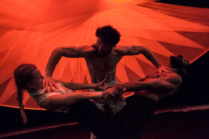 «Mockumentary of a Contemporary Saviour»de Wim Vandekeybus