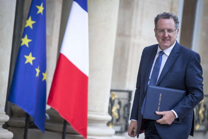Richard Ferrand, ministre de la cohésion des territoires, participe au conseil des ministres au palais de l'Elysée à Paris, jeudi 18 mai 2017.