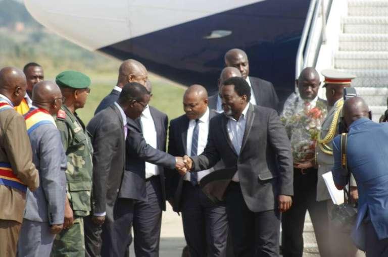 Photo officielle parue sur le compte Twitter de la présidence de la République démocratique du Congo montrant l'arrivée en grande pompe, le 30 mai 2017, de Joseph Kabila à Kananga, capitale de la province du Kasaï-Central.