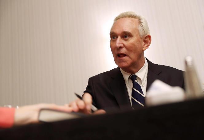 Roger Stone a donné pendant la campagne présidentielle l'impression de connaître à l'avance le début de la publication des courriels piratés d'Hillary Clinton.
