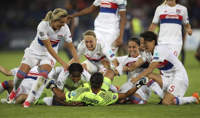 La joie des Lyonnaises après leur victorie face au PSG.