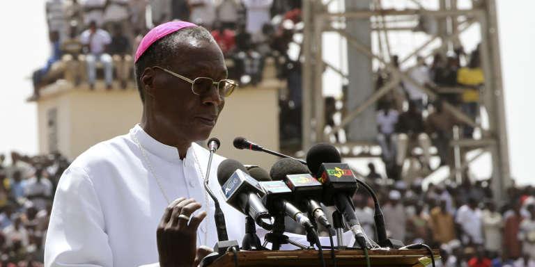 L'archevêque Jean Zerbo au stade Modibo Keïta de Bamako en mars 2012.