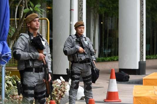Le 6e sommet sur la sécurité en Asie (appelé aussi Dialogue Shangri-La), est organisé à Singapour, du 2 au 4 juin et réunit les principaux acteurs de la défense en Asie-Pacifique (Photo: à Singapour, le 2 juin, où se déroule le sommet Dialogue Shangri-La).