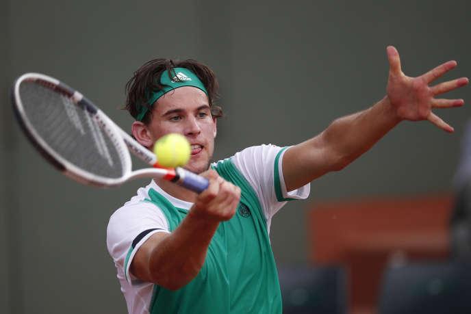 L'AutrichienDominic Thiem contre l'Américain Steve Johnson, à Roland-Garros vendredi 2 juin.