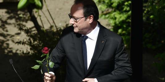 François Hollande, au siège du Parti socialiste, à Paris, le 14 mai.