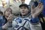 L'astronaute français Thomas Pesquet, quelques minutes après son retour sur Terre, le 2 juin au Kazakhstan.