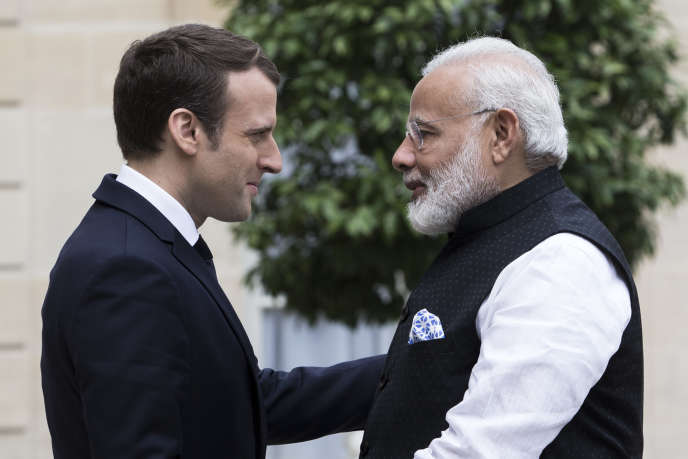 Emmanuel Macron reçoit le premier ministre indien au palais de l'Elysée, le 3 juin.