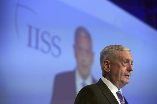 Le chef du Pentagone Jim Mattis a livré un discours ferme, adressé à la Chine, lors du sommet Shangri-la, samedi 3 juin.