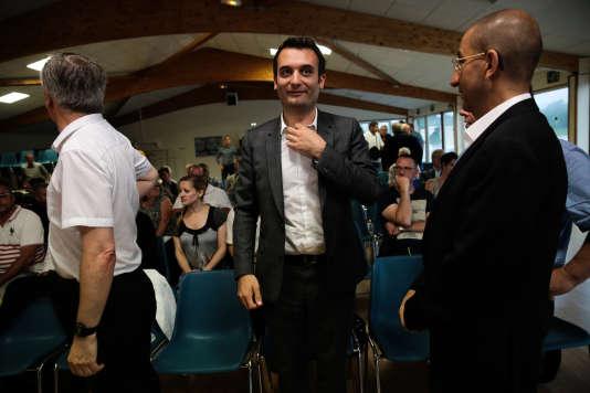 Florian Philippot, lors d'un meeting de son frère, Damien, candidat dans l'Aisne, le 2 juin.