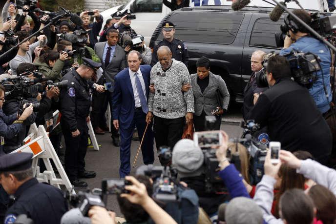 Bill Cosby sur le point d'être inculpé pour agression sexuelle aggravée, le 30 décembre 2015, à Philadephie.