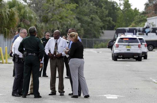La police a expliqué qu'il n'y avaitaucun lien entre cet événement et le terrorisme.
