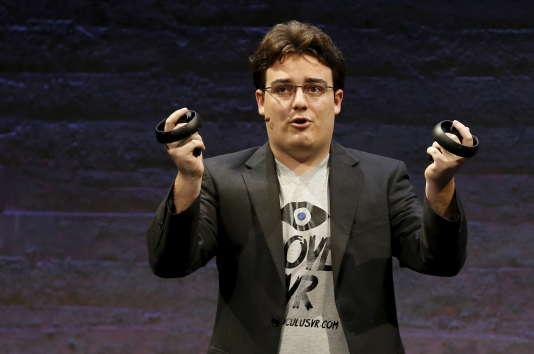 La start-up de Palmer Luckey Oculus a été rachetée 2milliards de dollars par Facebook en 2014.