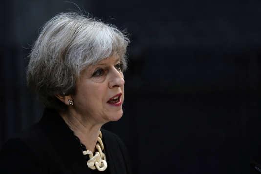 La première ministre britannique Theresa May au 10 Downing Street à Londres, le 4 juin.