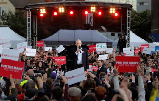 Le leader travailliste a tenu mardi 6 juin une réunion publique en plein cœur de Birmingham.