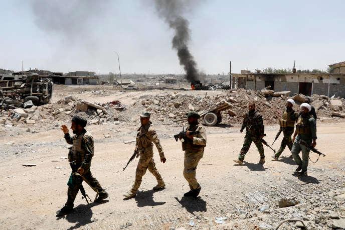 Les forces irakiennes dans l'ouest de Mossoul, le 5 juin.