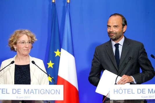 Le premier ministre Edouard Philippe et la ministre du travail Muriel Penicaud le 6 juin à Paris.