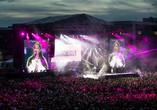 Ariana Grande lors de son concert du 4 juin en souvenir des victimes de l'attentat de Manchester.