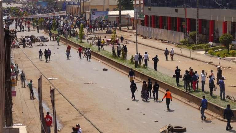 Affrontements entre police et jeunes de la ville de Bamenda, chef lieu de la région anglophone du Nord-Ouest.