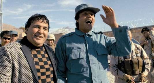 Dans le désert cinématographique de l'Afghanistan, Salim Shaheen (à gauche) détonne avec 110 films à son actif.