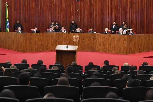 Le Tribunal Supérieur Électoral (TSE)réuni à Brasilia, la capitale du Brésil, pour juger de la validité de l'élection présidentielle 2014, le 6 juin 2017.