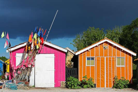D'anciennes cabanes ostréicoles ont été investies par des artistes et des artisans d'art.
